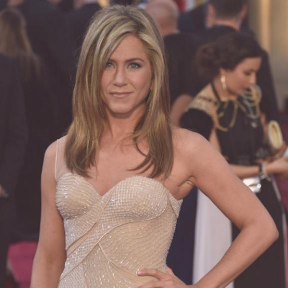 A szülinapos Jennifer Aniston legemlékezetesebb szettjei a Jóbarátokból