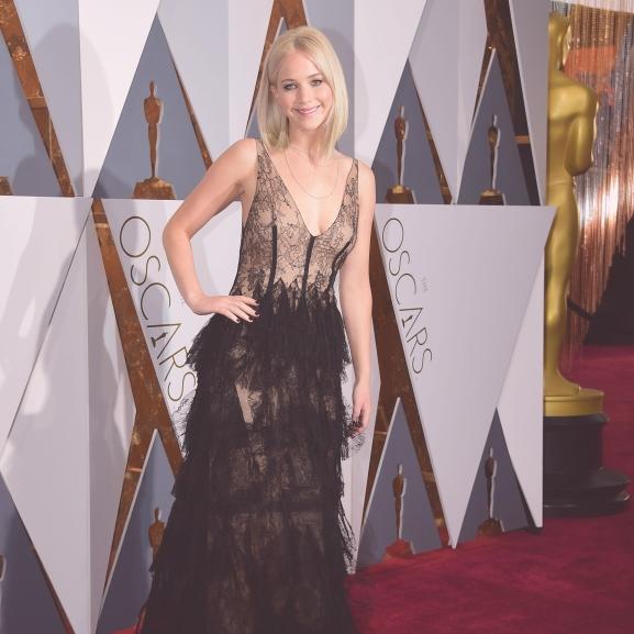 Jennifer Lawrence képe berobbantotta a mémgyárat