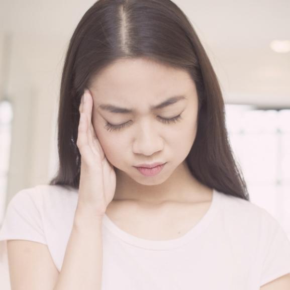 Frontérzékenyek kisokosa: előzzétek meg a hasogató fejfájást!