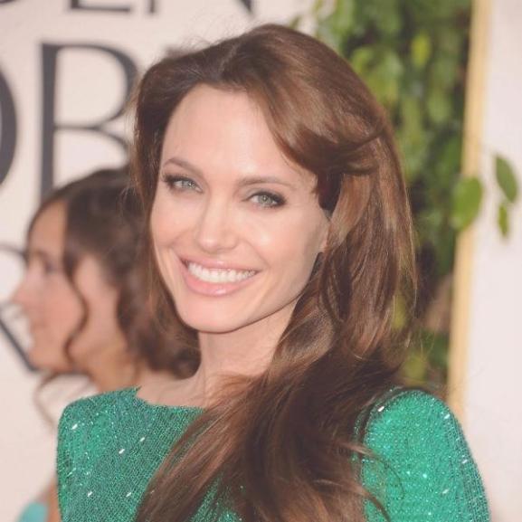 Csodaszép vörös szőnyeges ruhák a ma 41 éves Angelina Jolie-tól