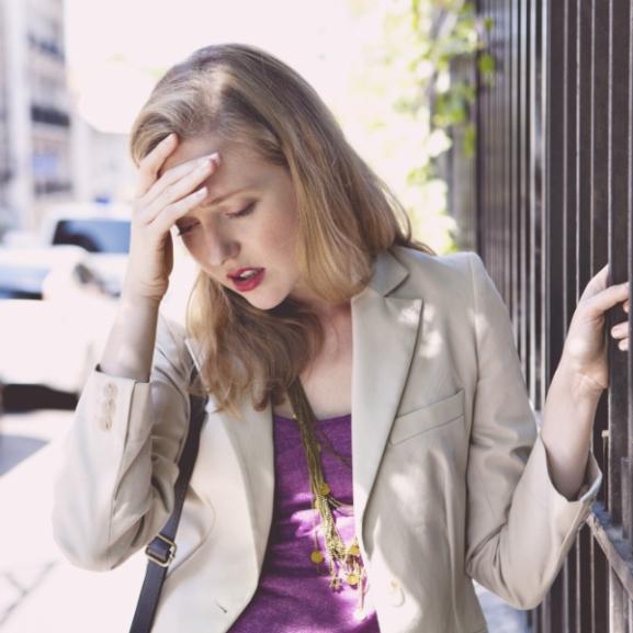 Váratlan gyógymódot talált a migrénre egy édesanya