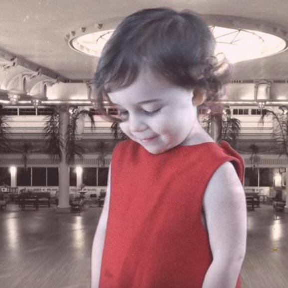 A legcukibb videó: 100 év táncstílusa egy kislány szerint