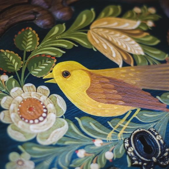 Amikor egy kacskaringós virág meséli el, hogy gyereketek lesz – az igazi folklór