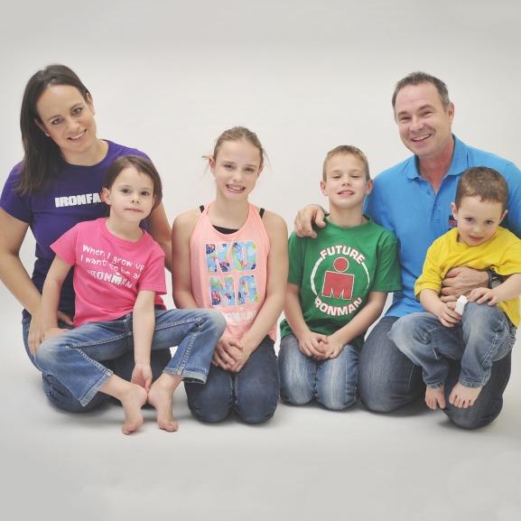 """""""Nálunk az a büntetés, ha nem mehetnek edzésre"""" – 4 gyerek és tengernyi érem a Kropkó családban"""