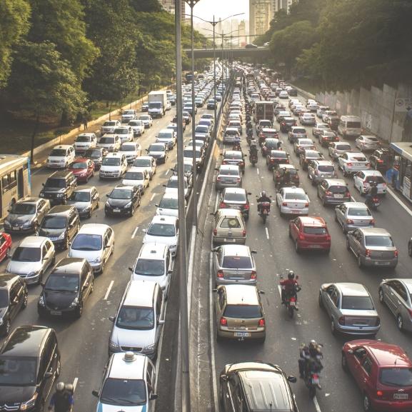 Egérúton közlekedni, avagy így lehet dugó nélkül élni