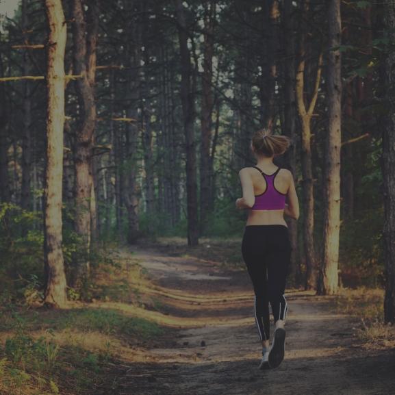 Csajok, este mentek futni? Ne féljetek, készüljetek fel!