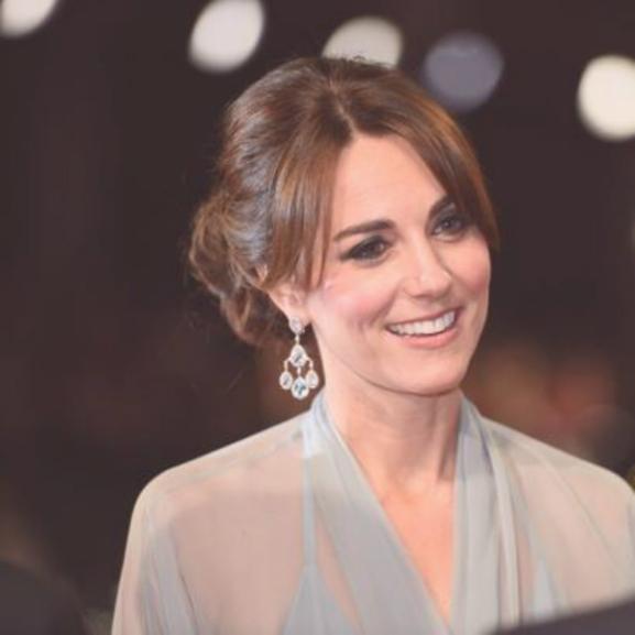 Katalin hercegné káprázatosan fest Diana kedvenc tiarájában