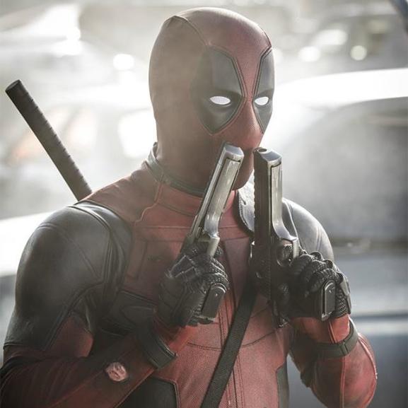 Elmondjuk, miért kattantak rá a csajok is a Deadpoolra