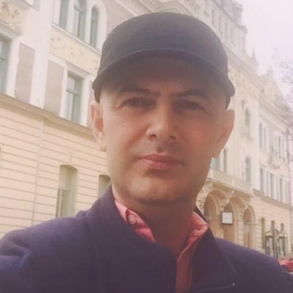 Vujity Tvrtko elhunyt TV2-s barátja emlékére vállalta el új munkáját