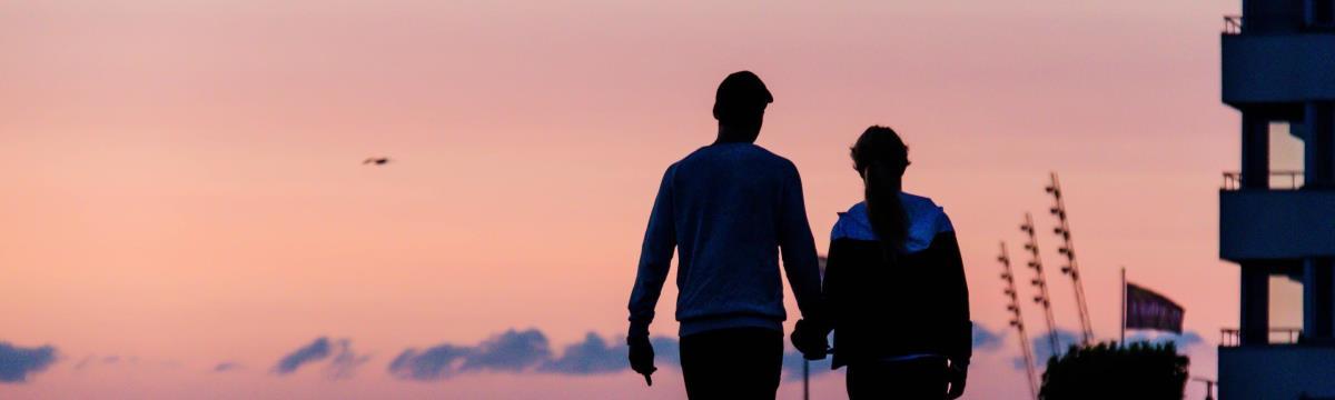 Igenis lehet nyári flörtből komoly kapcsolat