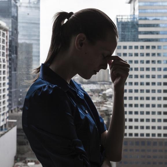 Ezeket a boldogtalan szokásokat gyorsan iktassátok ki az életetekből!