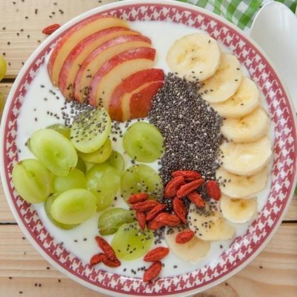 5-egeszseges-alapanyag-vegan-omega-3-chiamag