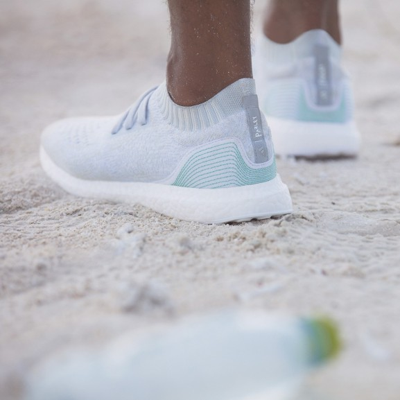 adidas-parley-for-the-oceans-ultra-boost-uncaged-football-jerseys-02 copy