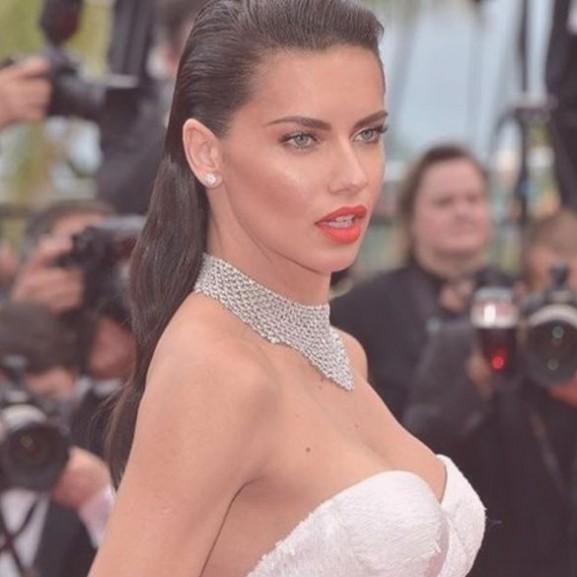 Adriana Lima Cannes 2017