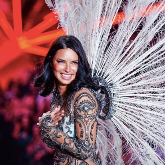 Adriana Lima otthagyja a Victoria's Secretet!
