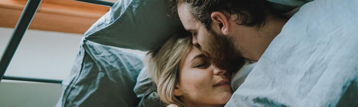 Alkalmi szex - A pasiknak menő, a csajoknak égő?