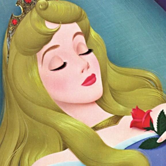 alvás disney csipkerózsika hercegnő