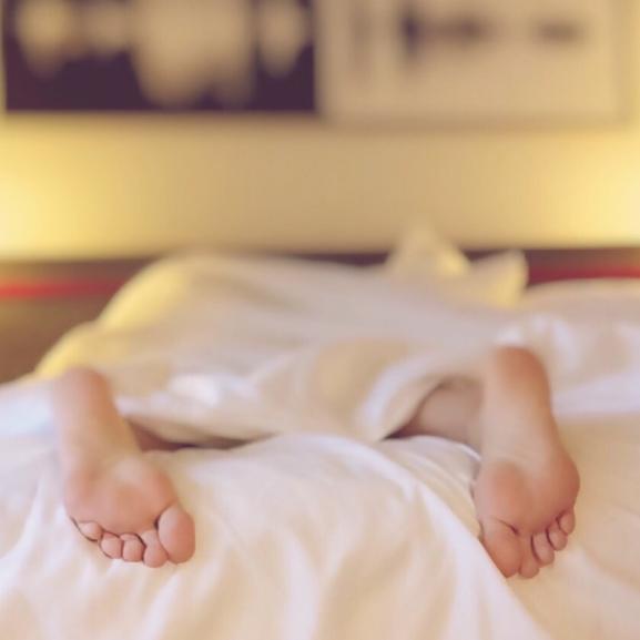 Apró dolgok, amikkel tönkre teszitek az éjszakai pihenéseteket