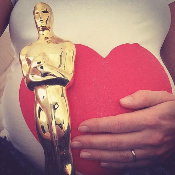 Anne Hathaway-nél cukibban senki sem drukkol az Oscar-jelölteknek