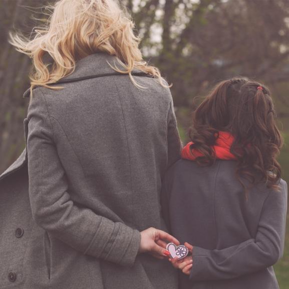 Csak apád meg ne tudja! – Titkok, hazugságok és szövetség a családban