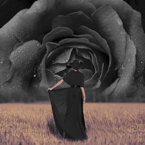 Artmüller Ágnes vendégszerző  Köszönöm a kérdéseket, a fekete a kedvenc színem és ez így van rendjén!