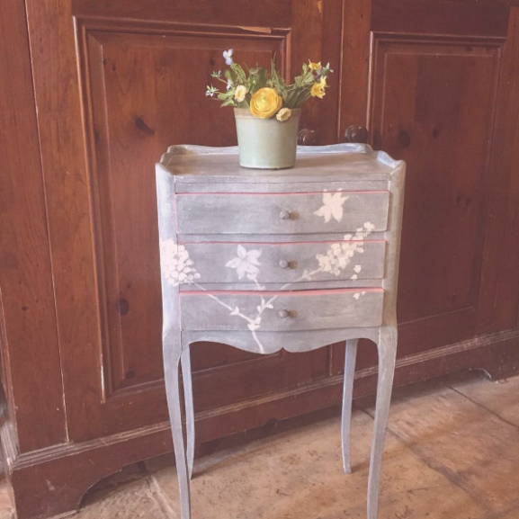 asztal antik