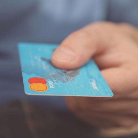 bankkártya pénz