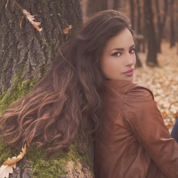 barna hullámos haj száj ősz
