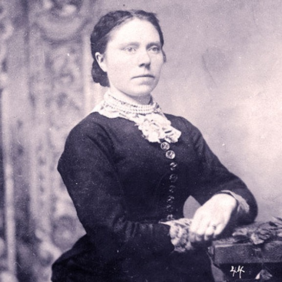 belle-gunness-the-true-black-widow-of-the-midwest
