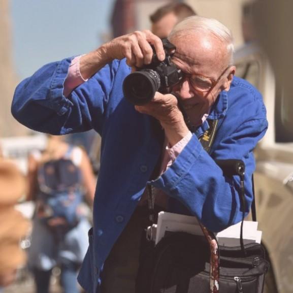 Bill Cunningham divatfotós