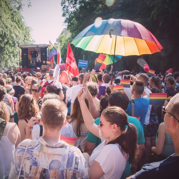 budapest pride hetero párok