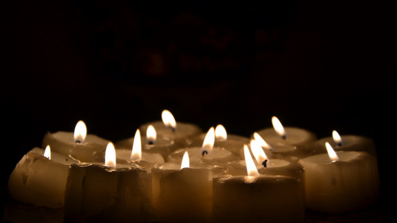 candles-2914957_1920