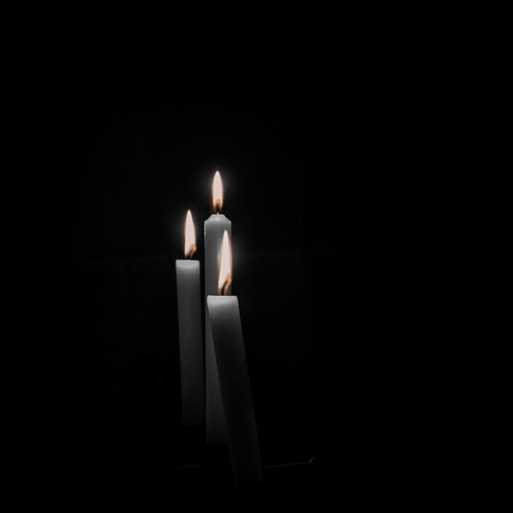 candles-633388_1280