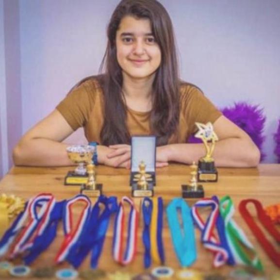 A 11 éves lány csak bizonyítani szeretett volna, kiderült, hogy zseni