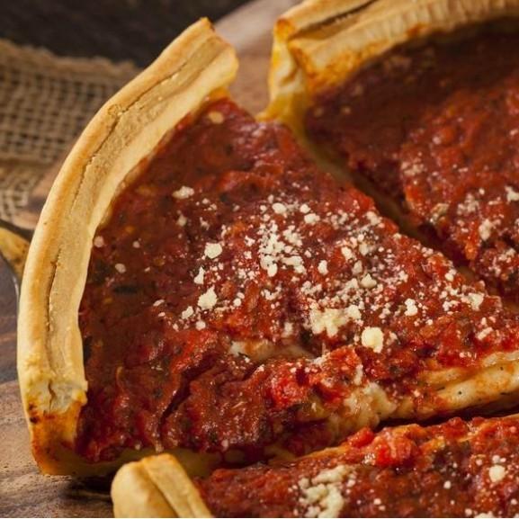 chicagoi-pizza-a-sajtimado-amerikai-pizzapite