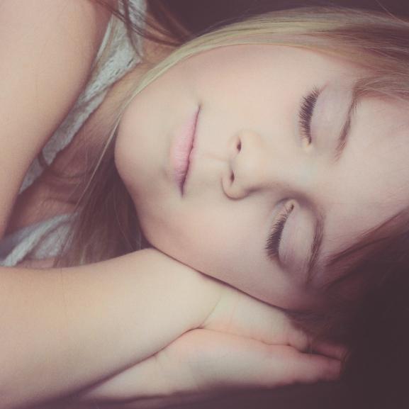 Ezt nem láttuk jönni: káros az egészségre a pizsamában alvás