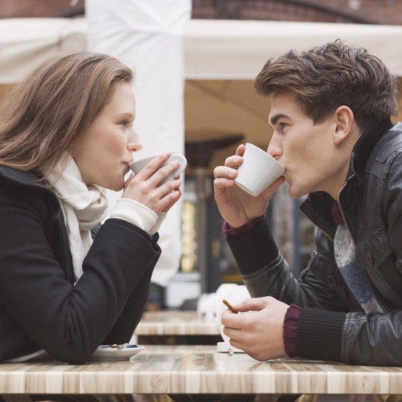 Témák, amiket soha ne hozzatok fel az első randin