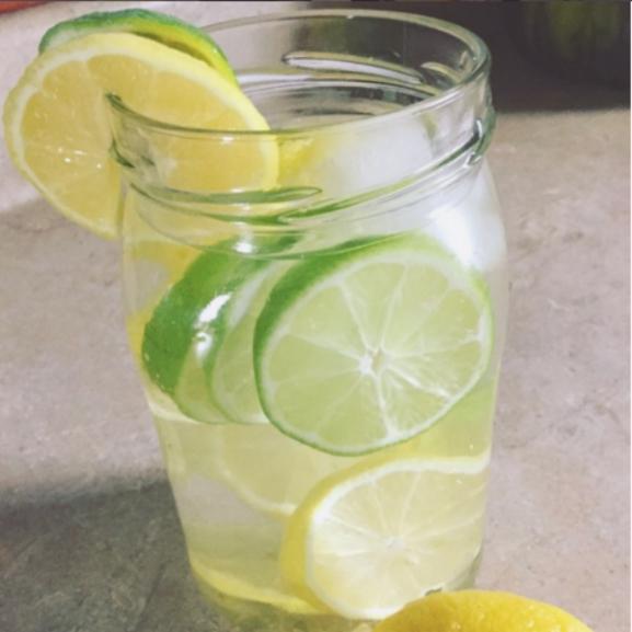 Amit feltétlenül tudnotok kell, ha citromos vízzel akartok fogyni!