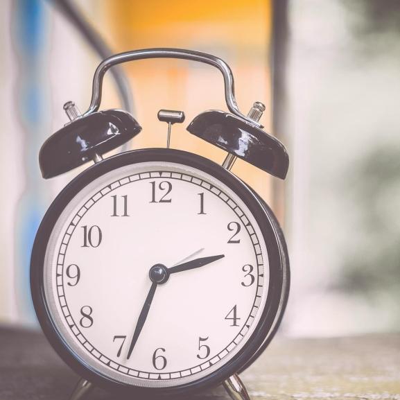 Nem tudjátok, hány óra van most? Segítünk!