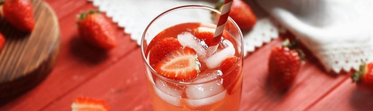 cookta  Egy könnyed csajos ital spiccesen spritz-cel: 3 isteni gyümölcsös fröccs
