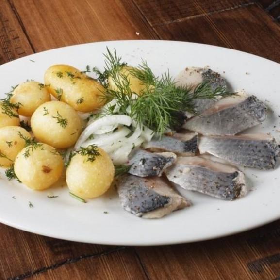 cookta szentivánéj svéd midsommar ünnep krumplisaláta