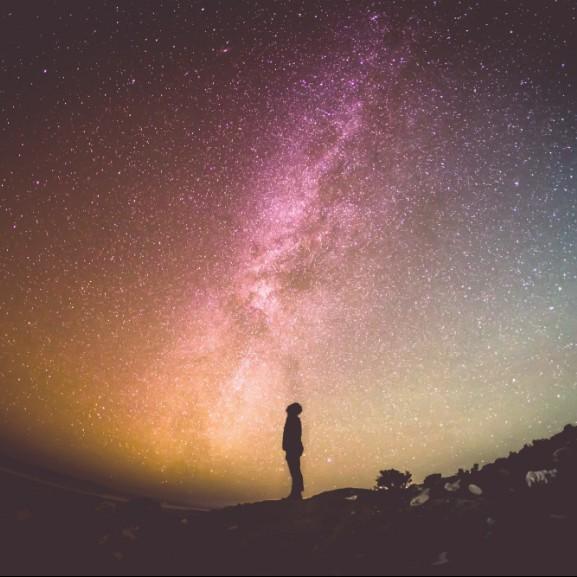 csillag-vilagur-univerzum-bolygo-ejszaka