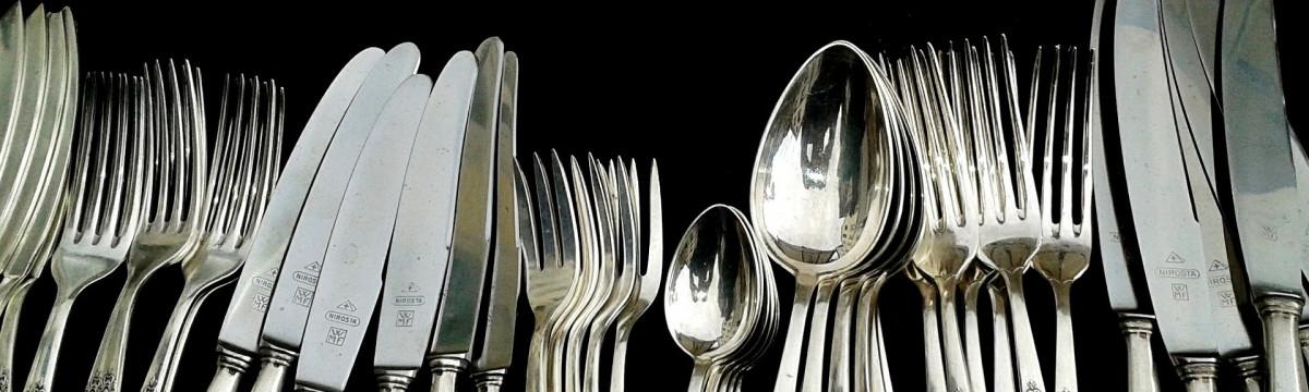 cutlery-377700_1920