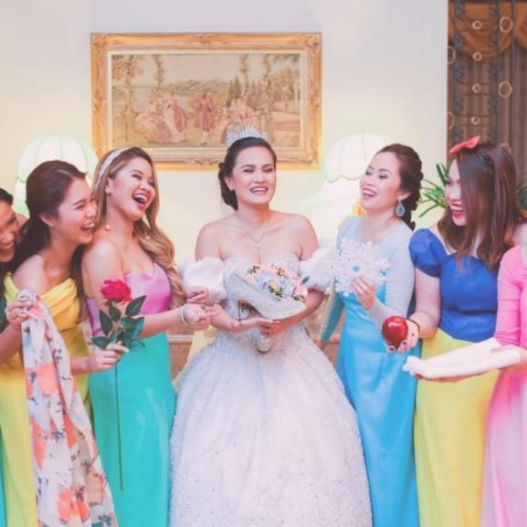 disney hercegnő menyasszony koszorúslányok