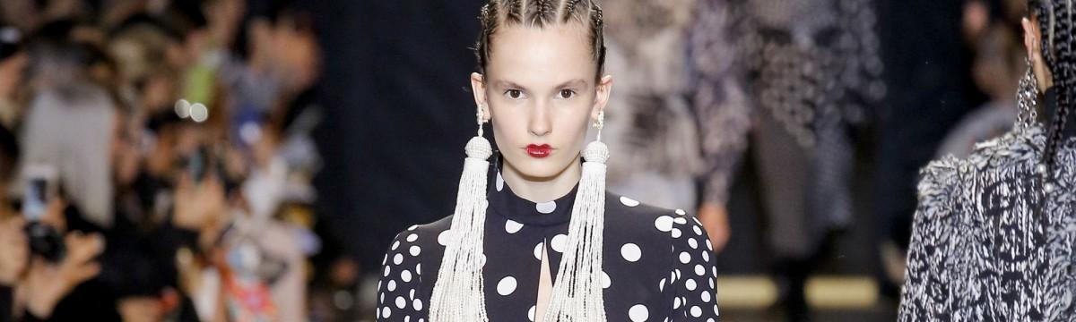 divat trend ősz polka pötty minta