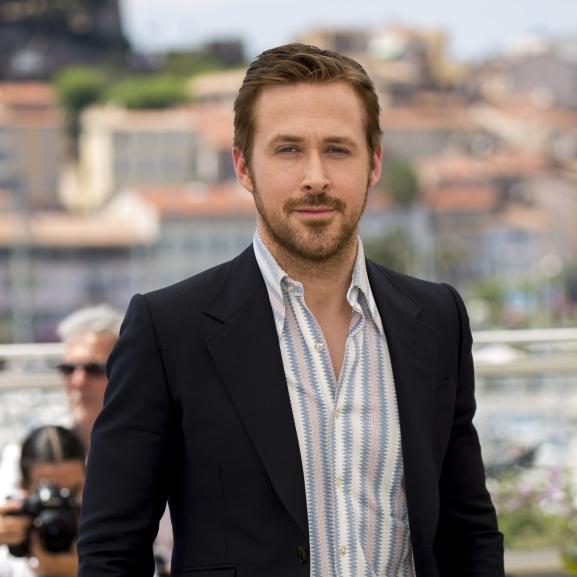 Ryan Gosling még borostával is Cannes királya