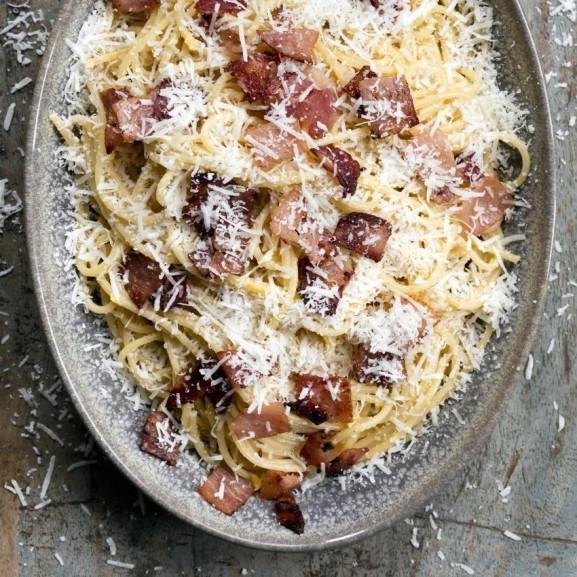 egyedenyes-majdnem-carbonara-spagetti