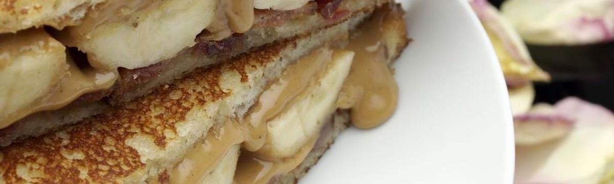 Bizarr, de Elvis imádta – Készítsétek el a kedvenc szendvicsét!