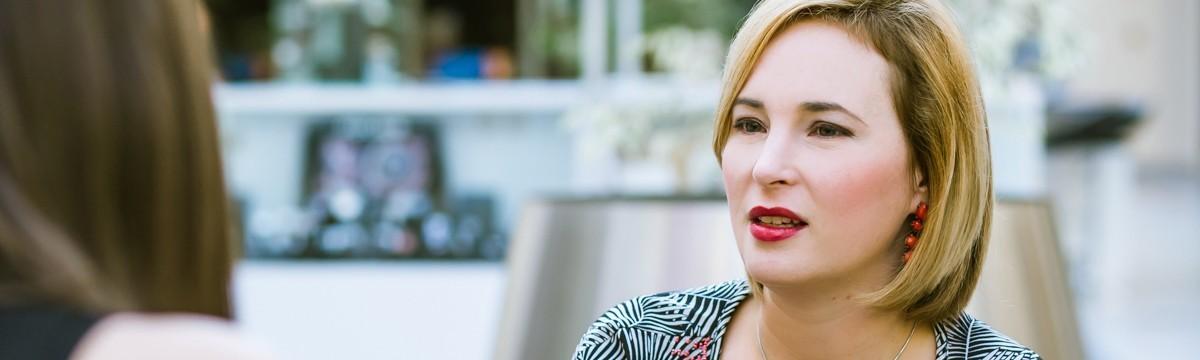 Engel Nóra dr. Szatmári Judit Anna interjú divattervező viselettörténet kutató