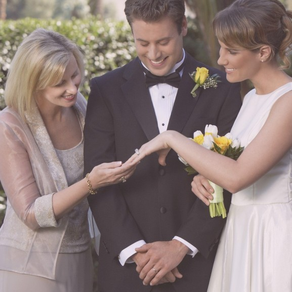 esküvő anyós